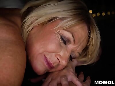 Beloved MILF Amy Getting a Sernsual Kneading added to a Unearth